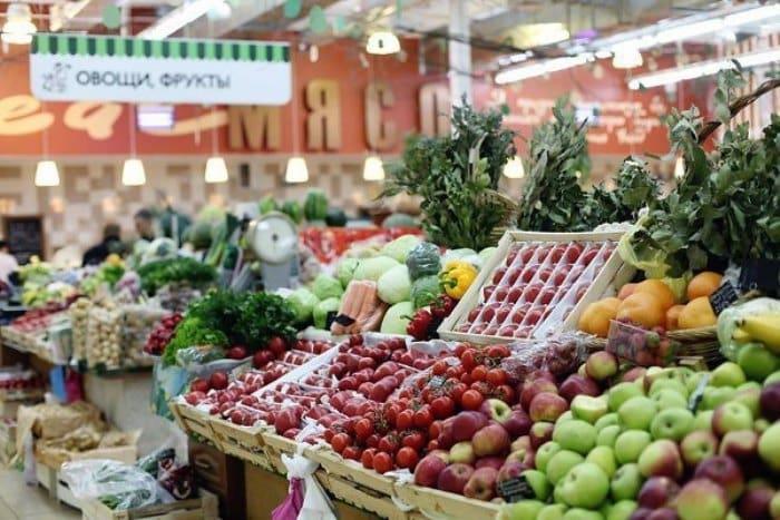 Где в Москве купить дешевые продукты? Анализ цен в магазинах и на рынках