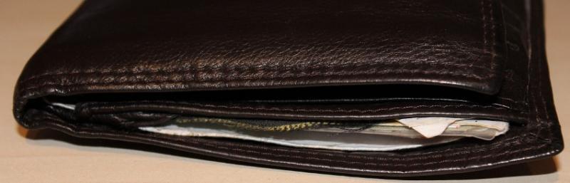 Как копить деньги при низком уровне дохода?