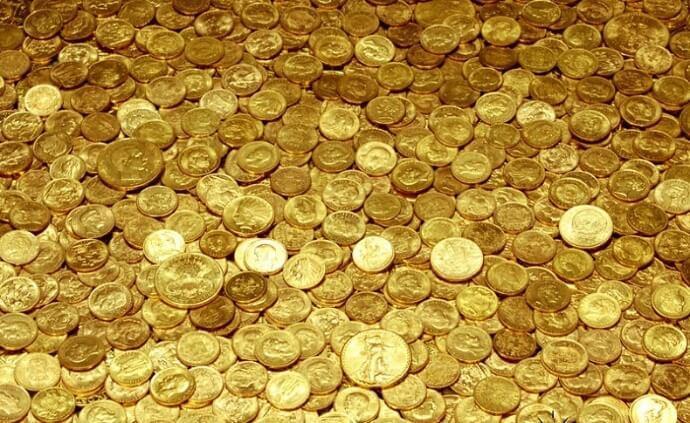 Российские памятные монеты: идея для подарка и инвестиций