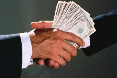 Руководство для займодателя: как правильно оформить договор займа и не потерять свои деньги?