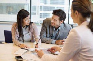 Поручитель по кредиту: ответственность в случае невыплаты, плюсы и минусы подписания договора