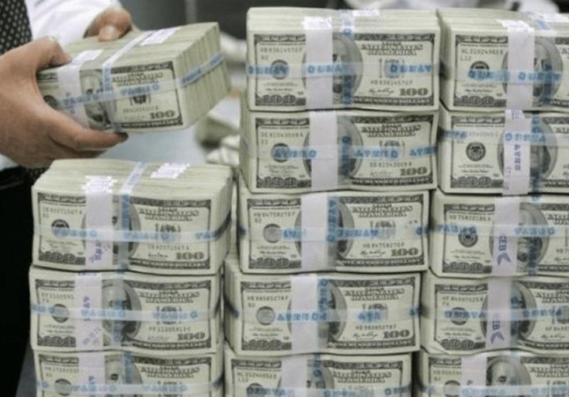 Простой заговор, как быстро привлечь деньги