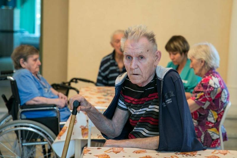 Судьбы реальных людей, оказавшихся в доме престарелых