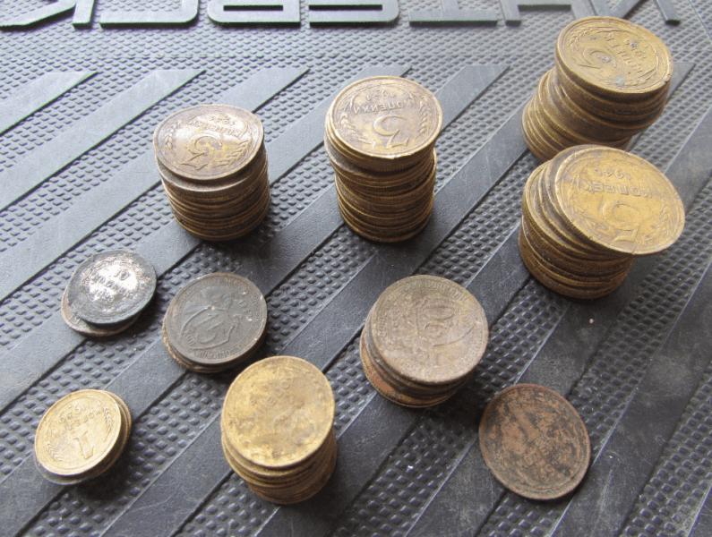 15 тысяч в месяц на советских монетах