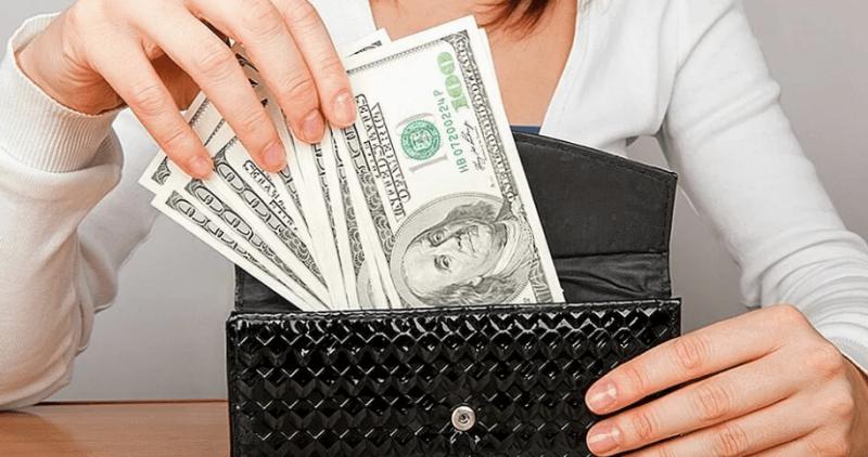 Как управлять своими деньгами, чтобы было что отложить