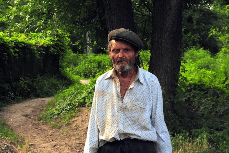 Почему люди в России живут в нищете?
