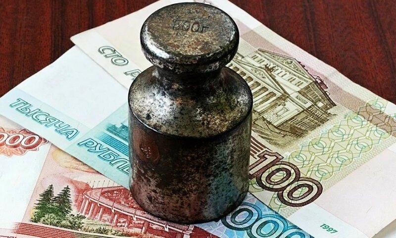 Как в России на фоне пандемии выбивают деньги из должников