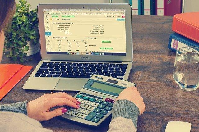 Финансовая грамотность: как это связано с отношением к себе
