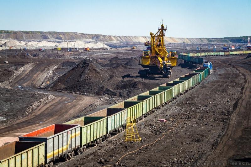 Деофшоризация началась. Угольные олигархи переезжают в Россию