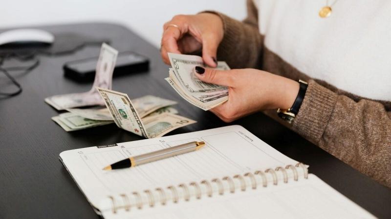 Kako naučiti uštedjeti novac?