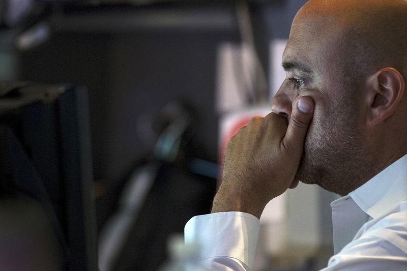 Американские фондовые индексы упали на 1,6-2,8%