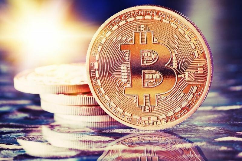 Доминирование Bitcoin на подъеме – курс снова $56 000