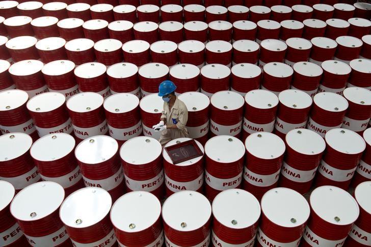 Минфин обеспокоен риском падения спроса нанефть