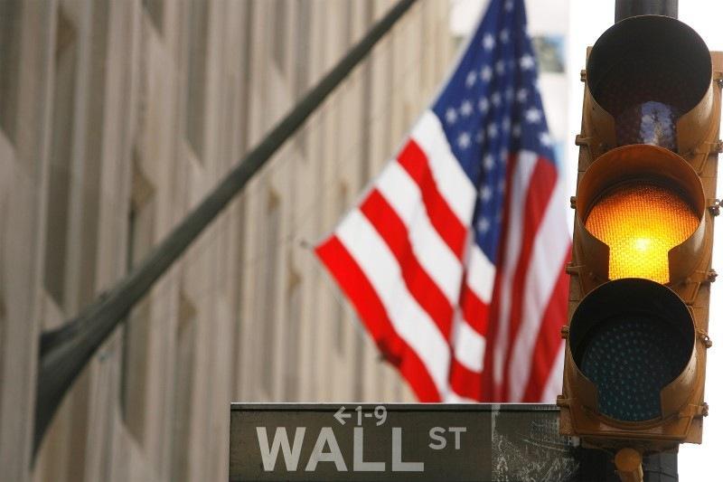 Уолл-стрит подрастает на фоне слабых данных по занятости
