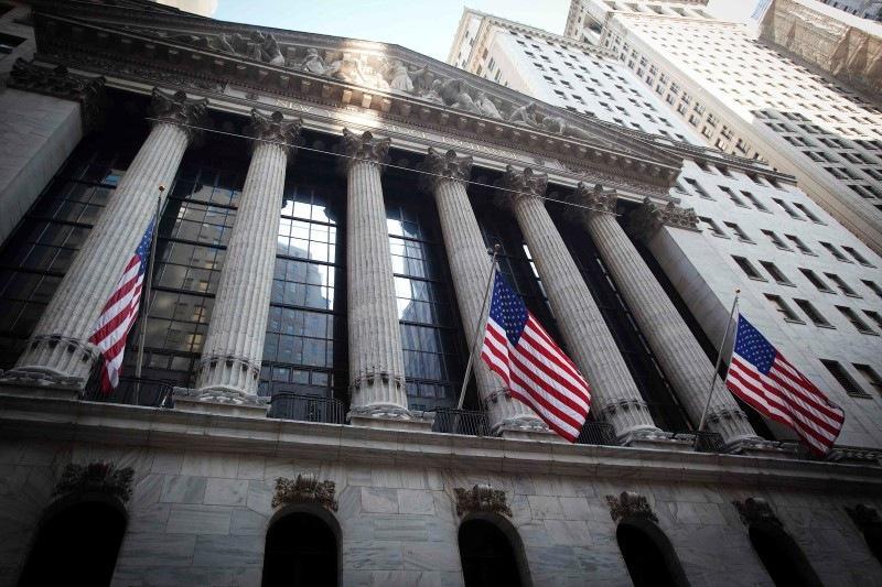Уолл-стрит выросла благодаря соглашению по потолку долга